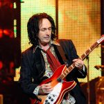 Nuova band, The Dirty Knobs per Mike Campbell (Tom Petty)